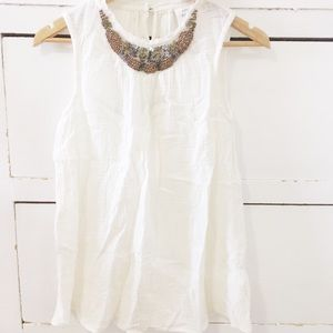 Clearance!!! Knox Rose white blouse w/ embellisent